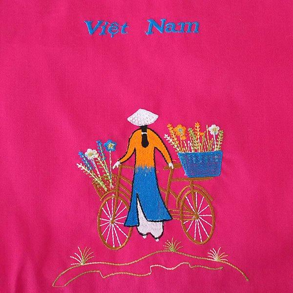 ベトナム 刺繍 巾着(自転車に花を乗せた アオザイ女性 3色 大サイズ 37×28)【画像2】