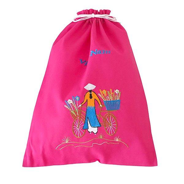 ベトナム 刺繍 巾着(自転車に花を乗せた アオザイ女性 3色 大サイズ 37×28)【画像6】