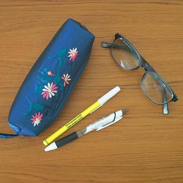 ベトナム 花刺繍 ポーチ / ペンケース / メガネケース (3色)【画像4】