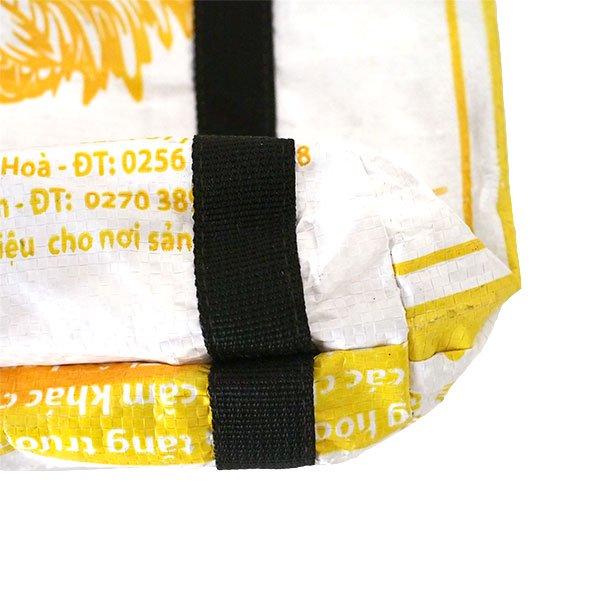 ベトナム 飼料袋 リメイク ショルダーバッグ(ビニールコーティングなし マチ付き ニワトリ A)【画像4】