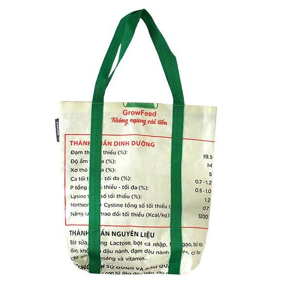ベトナム 飼料袋 リメイク ショルダーバッグ(ビニールコーティングなし マチ付き ブタ 持ち手 グリーン)【画像2】