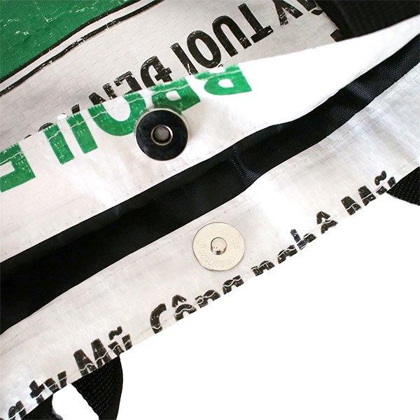 ベトナム 飼料袋 リメイク ショルダーバッグ(ビニールコーティングなし マチ付き ニワトリ B)【画像5】