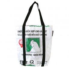 ベトナム 飼料袋 リメイク ショルダーバッグ(ビニールコーティングなし マチ付き ニワトリ B)