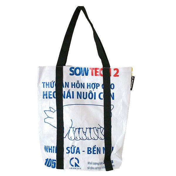 ベトナム 飼料袋 リメイク ショルダーバッグ(ビニールコーティングなし マチ付き ブタ B)