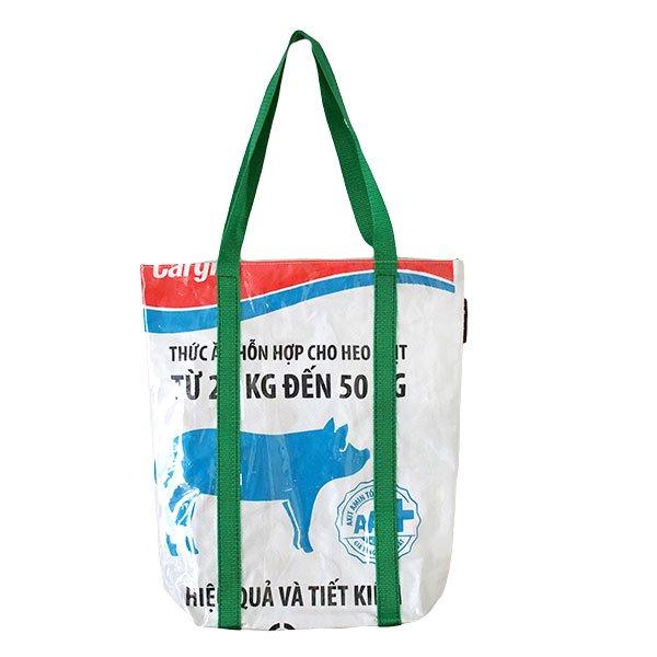 【訳あり】ベトナム 飼料袋 リメイク ショルダーバッグ(ビニールコーティング マチ付き ブタ ブルー)
