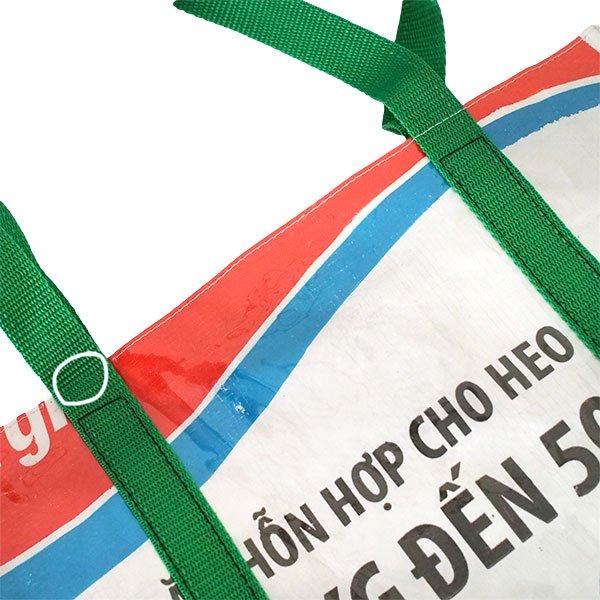 【訳あり】ベトナム 飼料袋 リメイク ショルダーバッグ(ビニールコーティング マチ付き ブタ ブルー)【画像4】