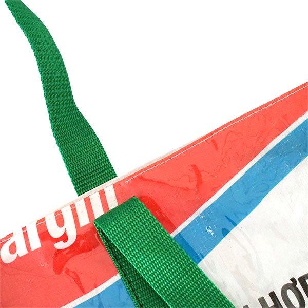 【訳あり】ベトナム 飼料袋 リメイク ショルダーバッグ(ビニールコーティング マチ付き ブタ ブルー)【画像5】