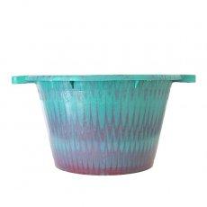 新入荷・再入荷 セネガル プラスチック持ち手付きの桶(ブルーグリーン×パープル  12リットル)