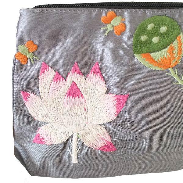 ベトナム  ロータス 蓮の花  手刺繍 ポーチ(シルク ビーズ付き グレー)【画像3】