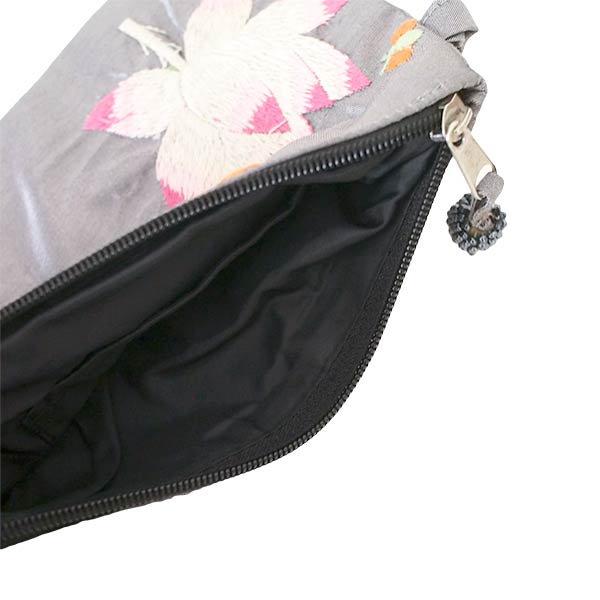 ベトナム  ロータス 蓮の花  手刺繍 ポーチ(シルク ビーズ付き グレー)【画像6】