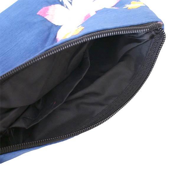 ベトナム 蓮の花(ロータス)シルク 手刺繍 ポーチ(ビーズ付き ブルー)【画像6】