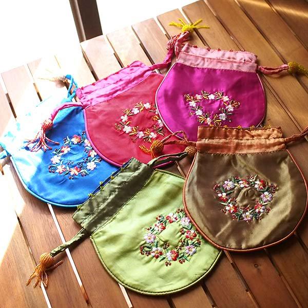 ベトナム 花刺繍 巾着 (ビーズ付き 5色 )【画像8】
