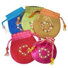 ベトナム 花刺繍 巾着 (ビーズ付き 5色 )
