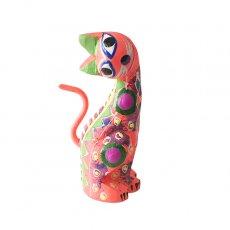 メキシコ ウッドカービング アレブリヘス (ネコ  薄いピンク)