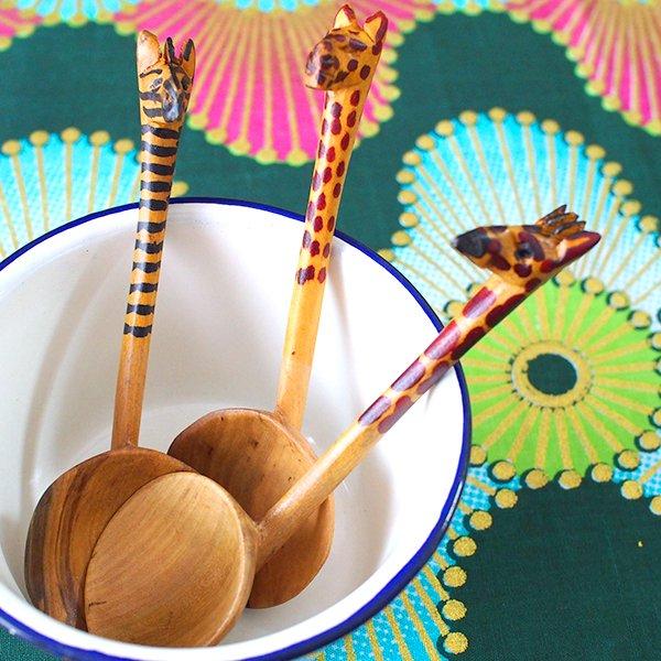 ケニア 木製 スプーン(ヒョウ・キリン)
