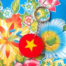 ベトナムお土産 ベトナム キッチュなキーホルダー(国旗)