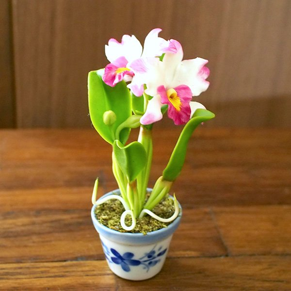 タイ カラフルなミニチュアフラワー(ユリ ホワイト・イエロー)【画像2】