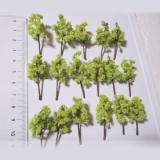 高品質手作り樹木ライトグリーン H=4cm 8本