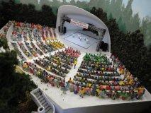 Nゲージ人形エコノミー座る人300体