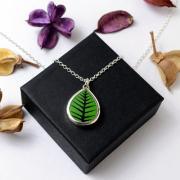 ペンダント Bersa small leaf