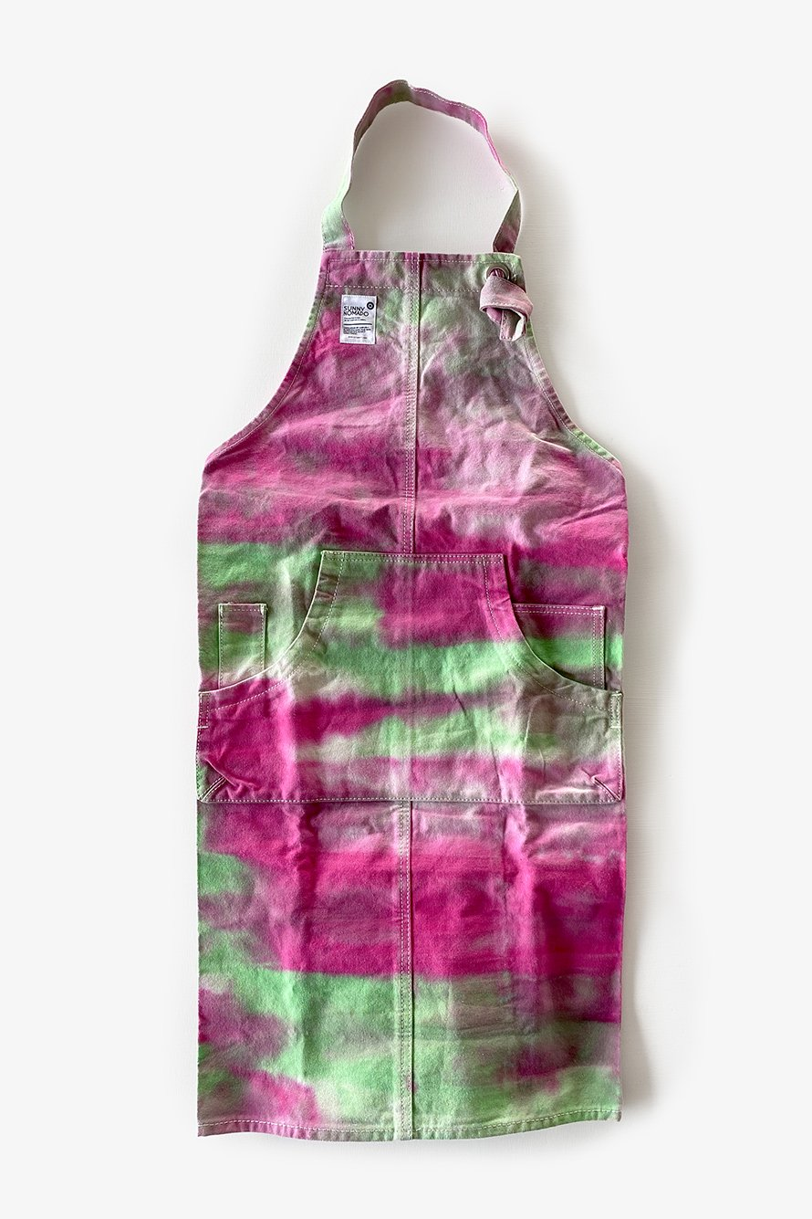 <img class='new_mark_img1' src='https://img.shop-pro.jp/img/new/icons14.gif' style='border:none;display:inline;margin:0px;padding:0px;width:auto;' />【NARA TYE DYE APRON】
