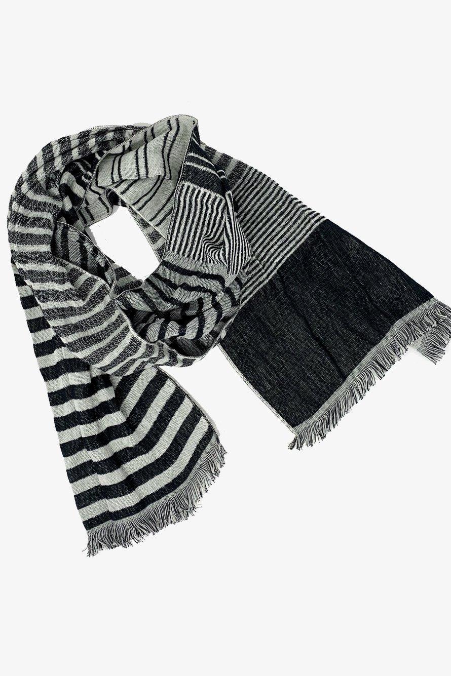 WHITE RAMDOM STRIPE / STOLE TOWEL