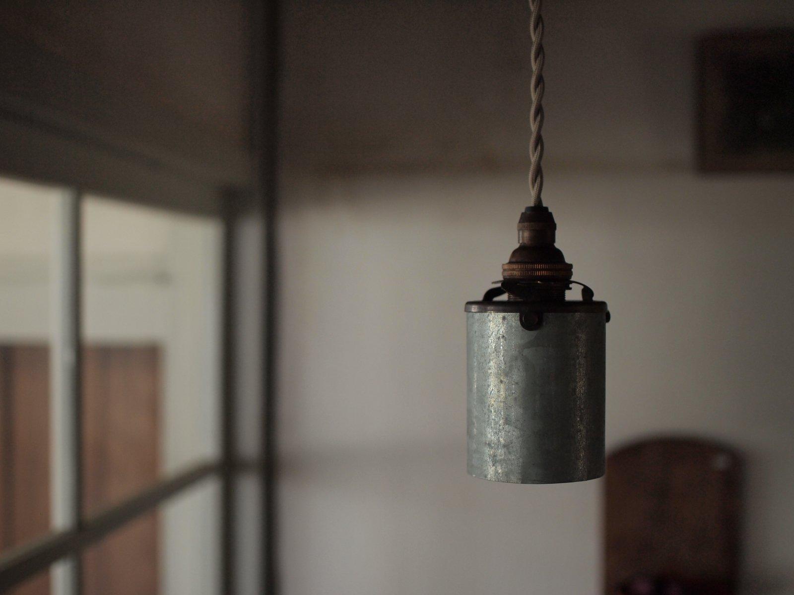 TUTU ランプ ブリキ