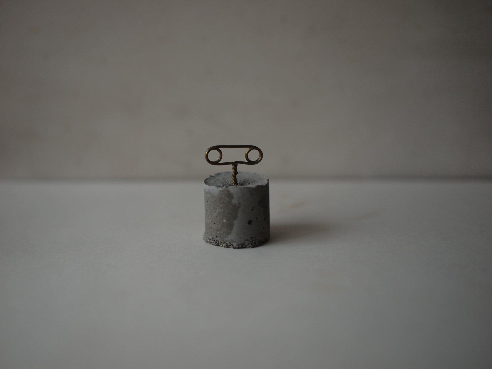コンクリート メモクリップ