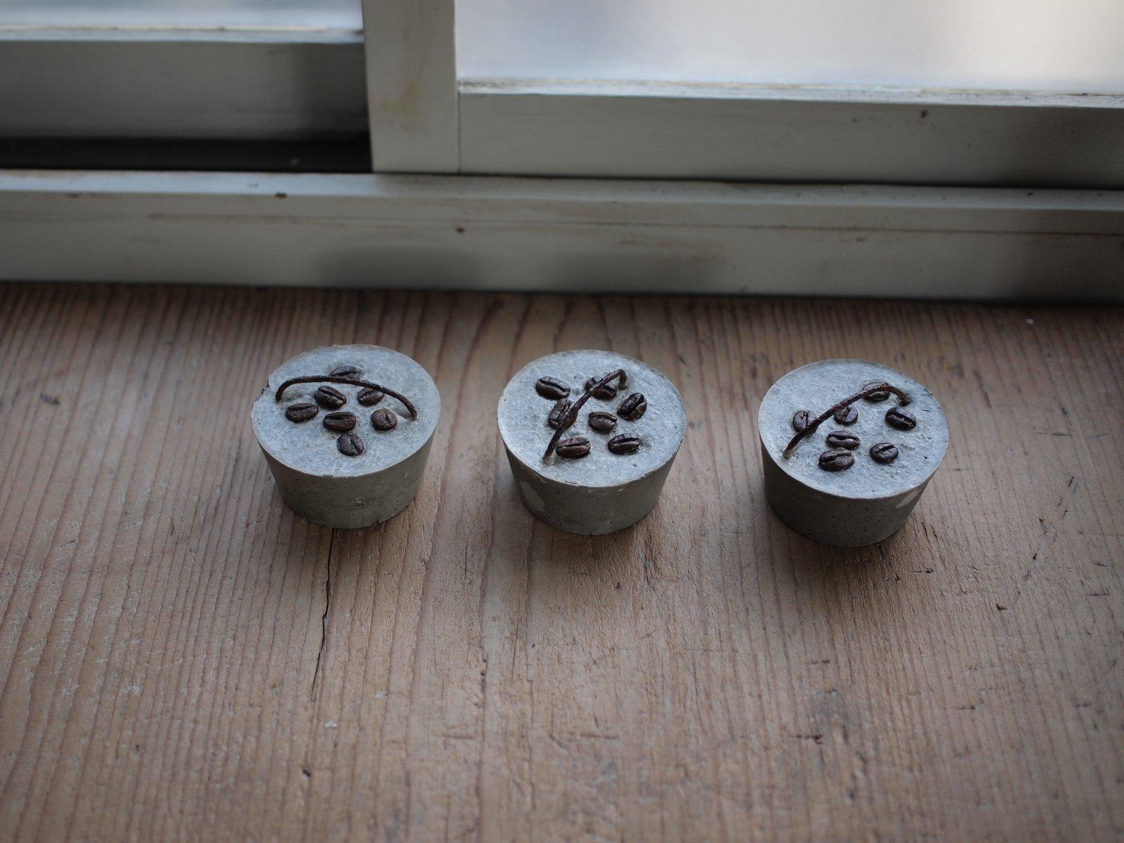 ペーパーウエイト(コーヒー豆)