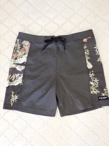 【BANKS JOURNAL 】JARED MELL SHORTCUT BOARDSHORTS