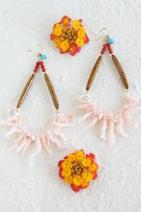 K18 桃枝珊瑚フープピアス
