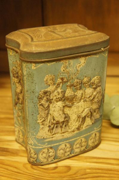 TIN缶(p-140)