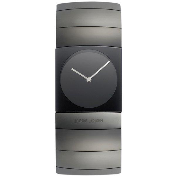 <img class='new_mark_img1' src='https://img.shop-pro.jp/img/new/icons16.gif' style='border:none;display:inline;margin:0px;padding:0px;width:auto;' />ヤコブ・イェンセン 腕時計 メンズ 572 ブラック