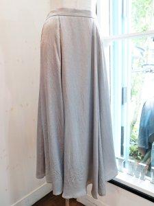 【Dignite collier】クラッシュサテンフレアースカート