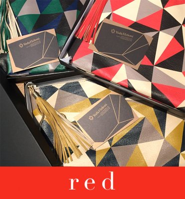 CUBISM clutch red (BOX付き)