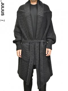 _JULIUS Knit Gown<img class='new_mark_img2' src='https://img.shop-pro.jp/img/new/icons8.gif' style='border:none;display:inline;margin:0px;padding:0px;width:auto;' />