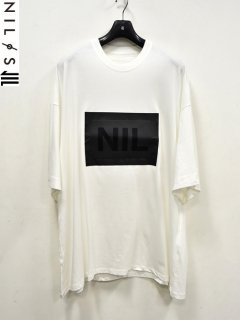 NILøS NIL Patch T-Shirt<img class='new_mark_img2' src='//img.shop-pro.jp/img/new/icons8.gif' style='border:none;display:inline;margin:0px;padding:0px;width:auto;' />