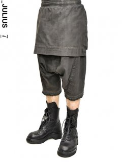 _JULIUS Attached Skirt Crotch Pants [DARK GRAY]<img class='new_mark_img2' src='//img.shop-pro.jp/img/new/icons8.gif' style='border:none;display:inline;margin:0px;padding:0px;width:auto;' />