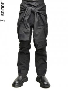 _JULIUS Combination Sleeve Baggy Pants -BLACK-<img class='new_mark_img2' src='https://img.shop-pro.jp/img/new/icons8.gif' style='border:none;display:inline;margin:0px;padding:0px;width:auto;' />