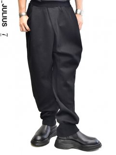 _JULIUS Tucked Baggy Easy Pants