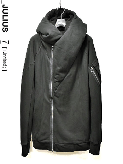 _JULIUS LIMITED Tactical Over Hooded Jacket<img class='new_mark_img2' src='//img.shop-pro.jp/img/new/icons8.gif' style='border:none;display:inline;margin:0px;padding:0px;width:auto;' />