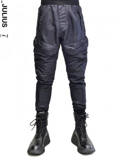 _JULIUS Fright Cargo Pants<img class='new_mark_img2' src='//img.shop-pro.jp/img/new/icons8.gif' style='border:none;display:inline;margin:0px;padding:0px;width:auto;' />