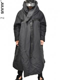 _JULIUS Fixed Hooded Overcoat<img class='new_mark_img2' src='//img.shop-pro.jp/img/new/icons8.gif' style='border:none;display:inline;margin:0px;padding:0px;width:auto;' />