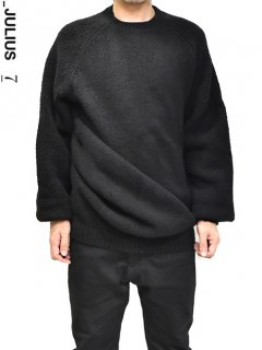_JULIUS Draping Sweater<img class='new_mark_img2' src='https://img.shop-pro.jp/img/new/icons8.gif' style='border:none;display:inline;margin:0px;padding:0px;width:auto;' />