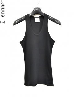 _JULIUS Tank Top<img class='new_mark_img2' src='https://img.shop-pro.jp/img/new/icons38.gif' style='border:none;display:inline;margin:0px;padding:0px;width:auto;' />