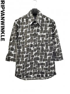ripvanwinkle 3/4 Print Shirt<img class='new_mark_img2' src='https://img.shop-pro.jp/img/new/icons23.gif' style='border:none;display:inline;margin:0px;padding:0px;width:auto;' />