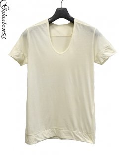GalaabenD U-neck T Shirt<img class='new_mark_img2' src='https://img.shop-pro.jp/img/new/icons38.gif' style='border:none;display:inline;margin:0px;padding:0px;width:auto;' />