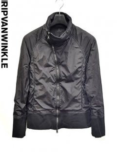 ripvanwinkle Nylon Highneck Jacket<img class='new_mark_img2' src='https://img.shop-pro.jp/img/new/icons23.gif' style='border:none;display:inline;margin:0px;padding:0px;width:auto;' />