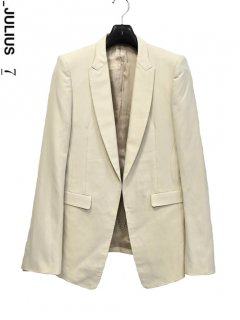 _JULIUS Tailored Jacket<img class='new_mark_img2' src='https://img.shop-pro.jp/img/new/icons38.gif' style='border:none;display:inline;margin:0px;padding:0px;width:auto;' />