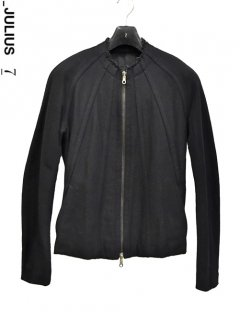 _JULIUS Seamed Riders Jacket<img class='new_mark_img2' src='https://img.shop-pro.jp/img/new/icons38.gif' style='border:none;display:inline;margin:0px;padding:0px;width:auto;' />